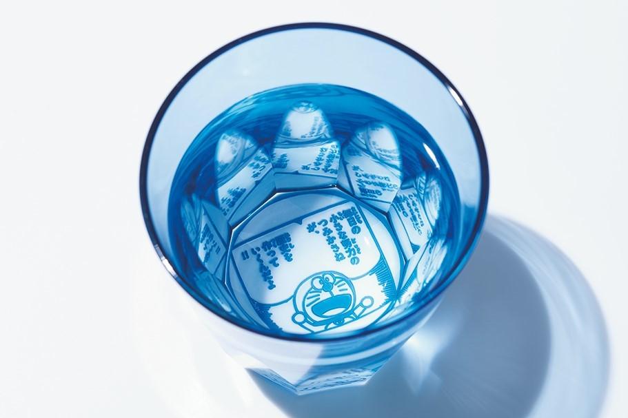 『ドラえもん』の名言がグラスの底に! 世界最高峰の技術で作った心癒される江戸切子