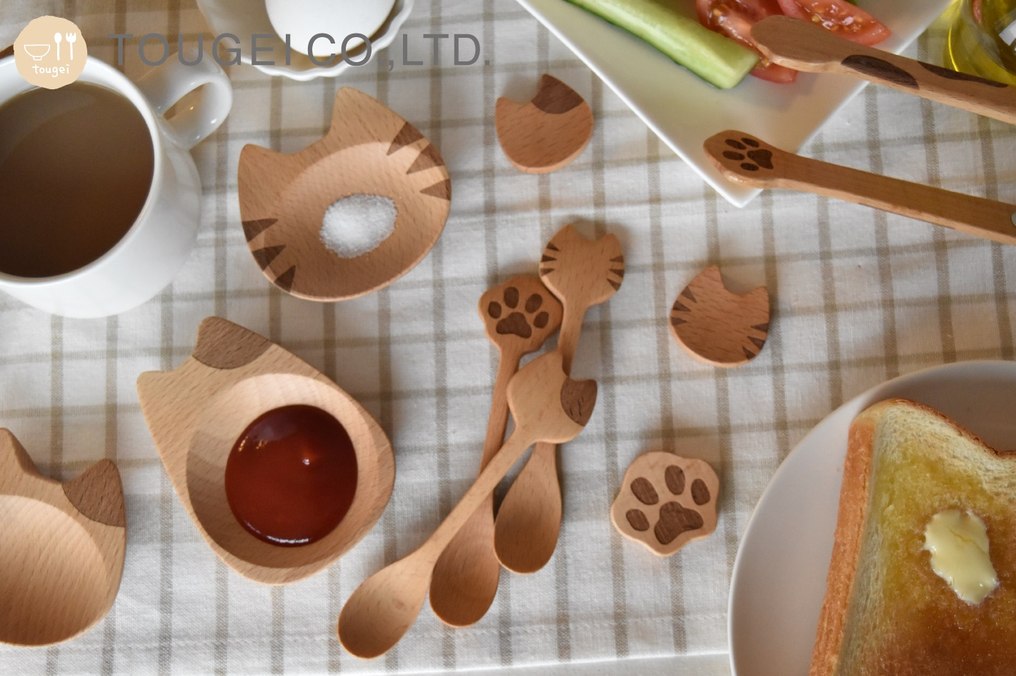 食卓がネコちゃんだらけ!? ねこモチーフの温もり感じる木製キッチン雑貨