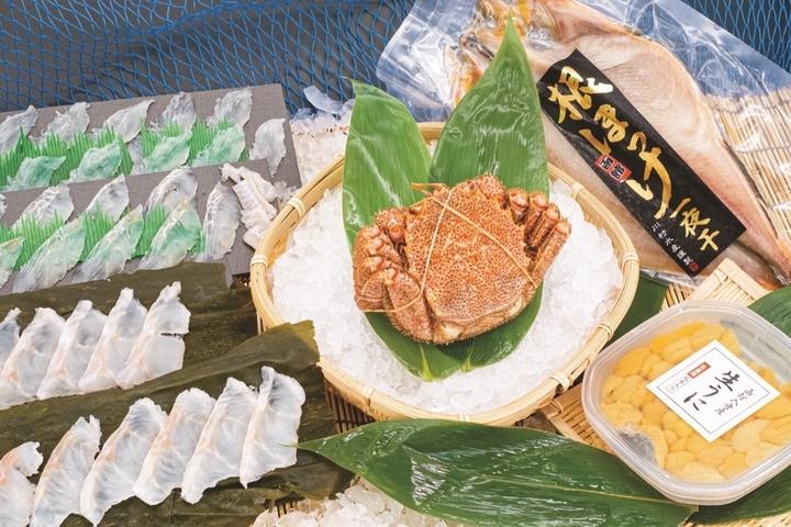 函館の極上の新鮮な魚介を自宅に直送 ウニ、毛がに、神経〆した天然ヒラメなどを良き日、お値打ち価格で