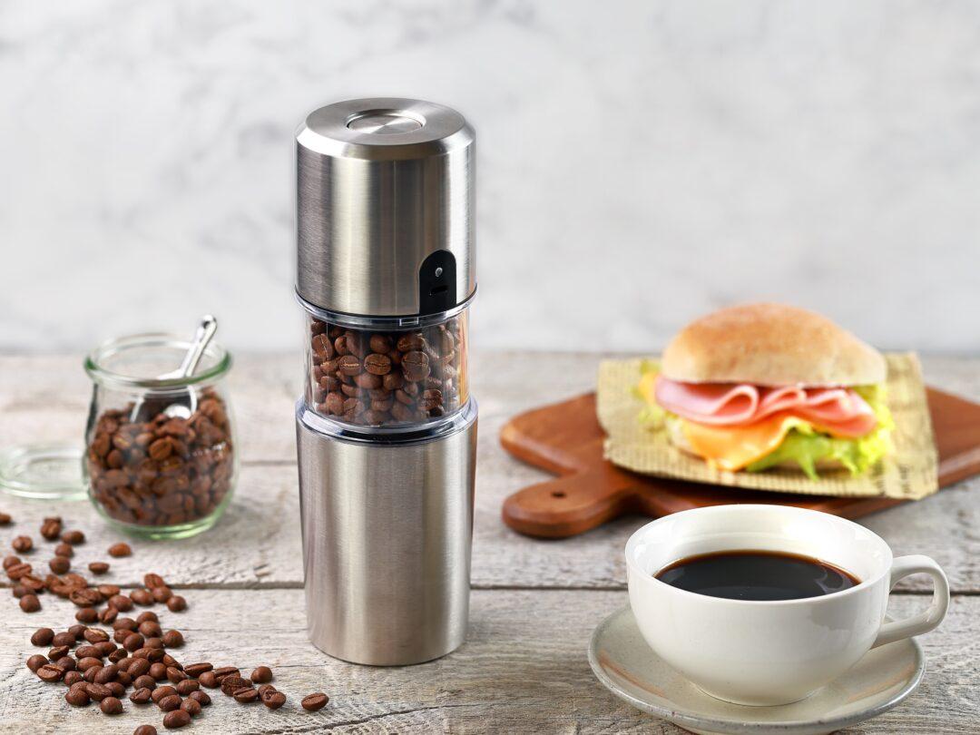 いつでもどこでも挽きたてコーヒーを 水筒サイズのコーヒーミル